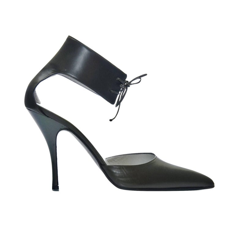 New Rare Tom Ford for Gucci Kate Moss Ad Runway Heels Pumps Sz 40 In New Condition For Sale In Leesburg, VA