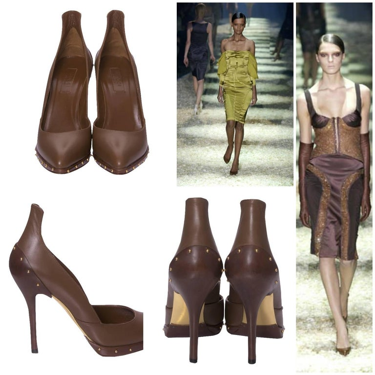 Gucci Tom Ford Heels Brand New Rare Ad/Runway Heels Tom Ford for Gucci Fall 2003 Own a Piece of Fashion History U.S. Size: 7 Brown Leather Pumps Gold Studded Hardware 4.5