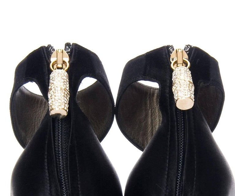 New Tom Ford for Gucci Swarovski Rosario Dawson Ad Runway Heels Pumps Sz 7 For Sale 1