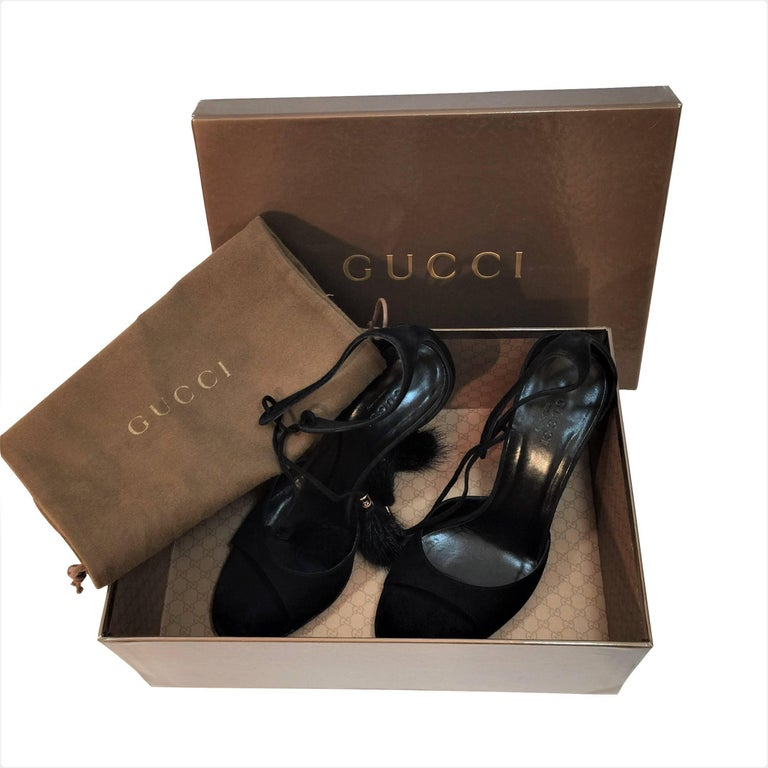 New Gucci Mink Suede Heels Pumps Size 9 In New Condition For Sale In Leesburg, VA
