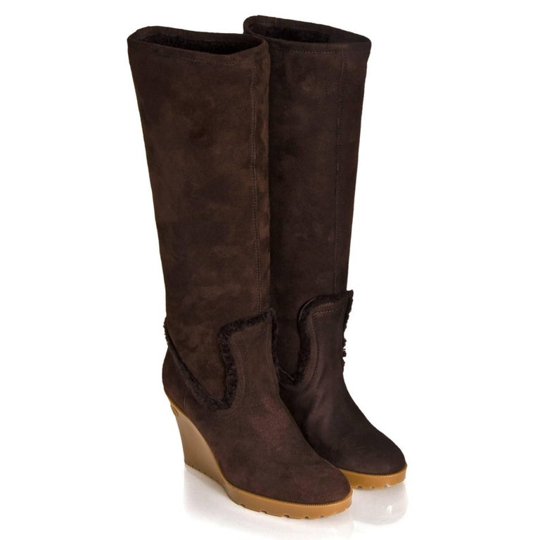 New Size 8 Gucci Chocolate Brown Shearling Wedge Boots For Sale 4