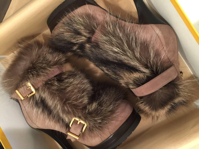 New Fendi Ad Runway Fur and Suede Platform Boots Booties Sz 37 For Sale 8