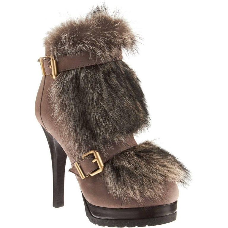 """New Size 37 Fendi """"A Winter's Tale"""" Fur Boots Booties"""