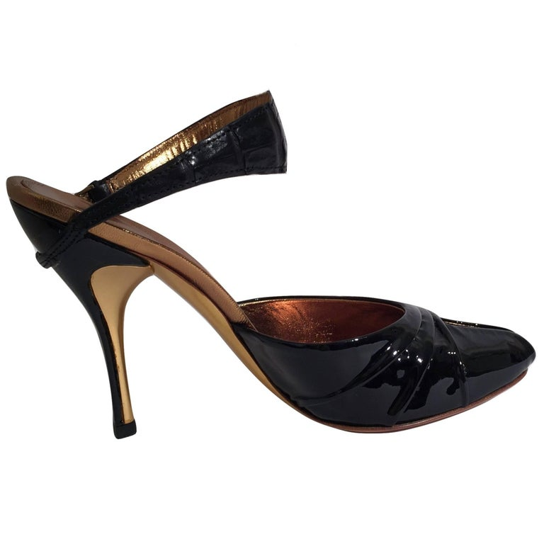 New Size 37 Gucci Patent & Crocodile Heels Mules