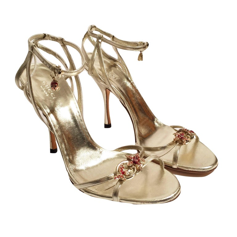 New Gucci Ltd Edition Collection Runway Gold Jeweled Heels Sz 9.5 In New Condition For Sale In Leesburg, VA