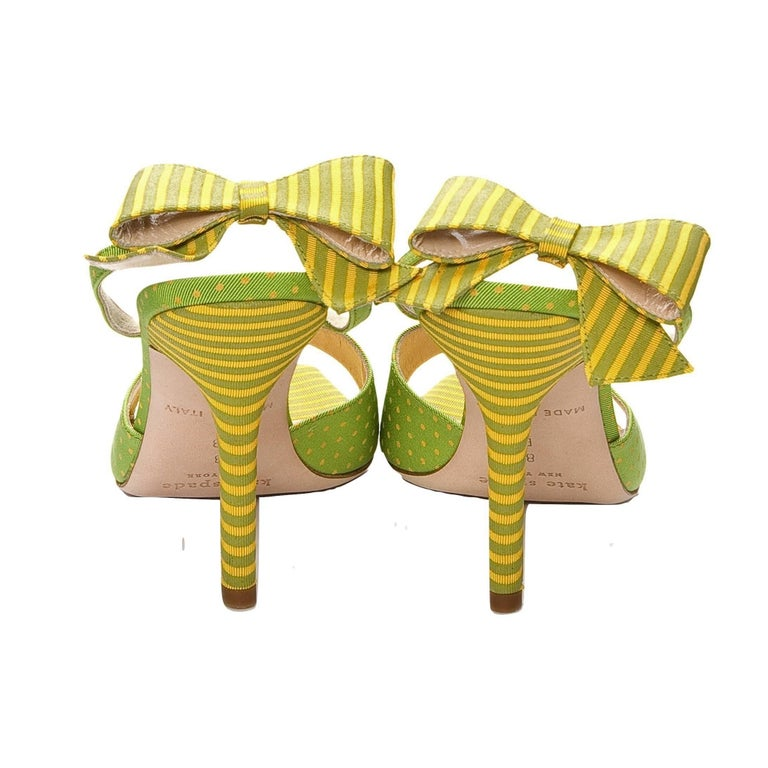 New Kate Spade Spring 2005 Collectible Green & Yellow Bow Heels Sz 6.5 In New Condition For Sale In Leesburg, VA