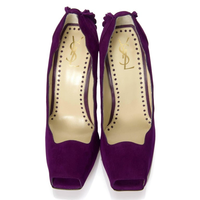 New Tom Ford for Yves Saint Laurent YSL Suede Heels Pumps Sz 37 In New Condition For Sale In Leesburg, VA