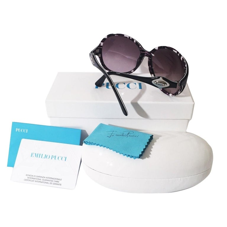 New Emilio Pucci Black Logo Sunglasses With Case
