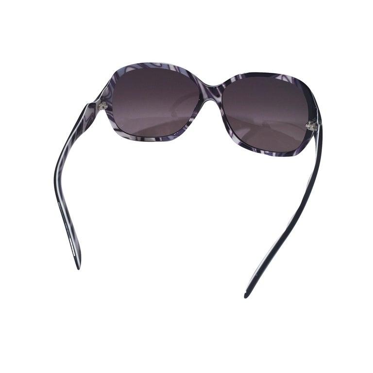 New Emilio Pucci Black Logo Sunglasses With Case & Box For Sale 5