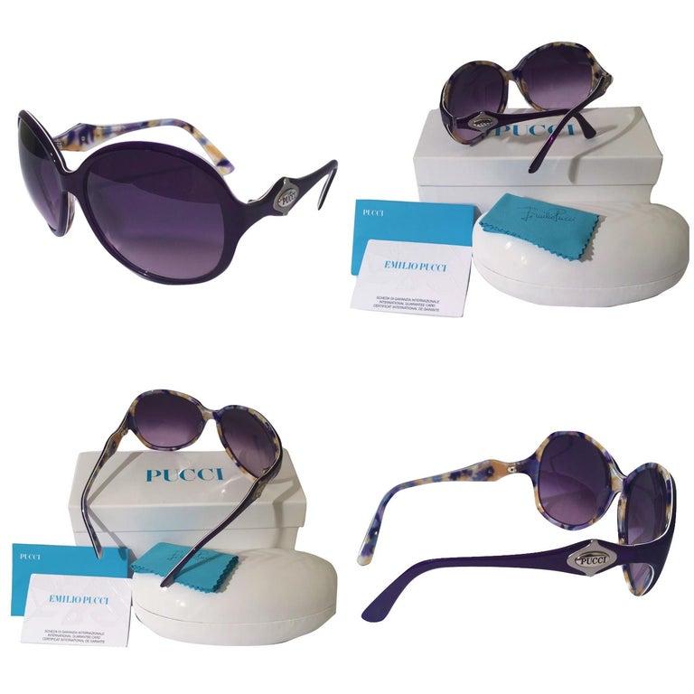 New Emilio Pucci Purple Logo Sunglasses  With Case & Box In New Condition For Sale In Leesburg, VA