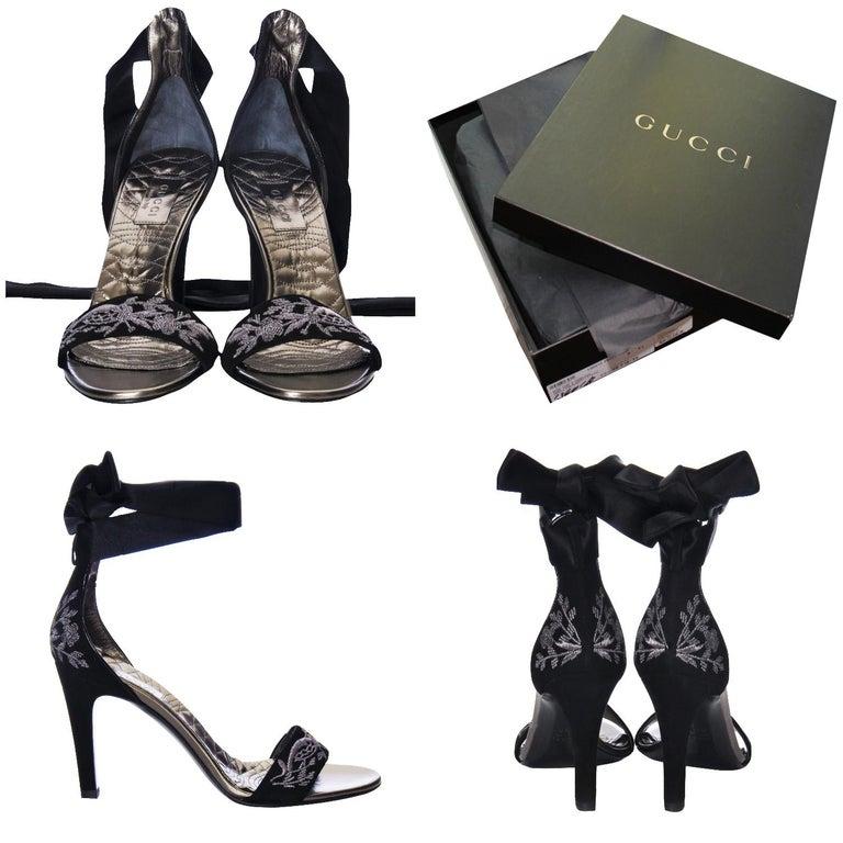 Black New Gucci Runway Suede Brocade Heels Sz 8.5 For Sale