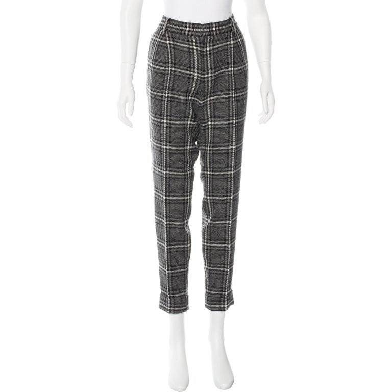 Gucci Wool Plaid Pants Brand New without Tags * Gucci Wool Plaid Pants * Dual pockets at hips * Dual welt pockets at back * Italian Size: 44    Waist:  34