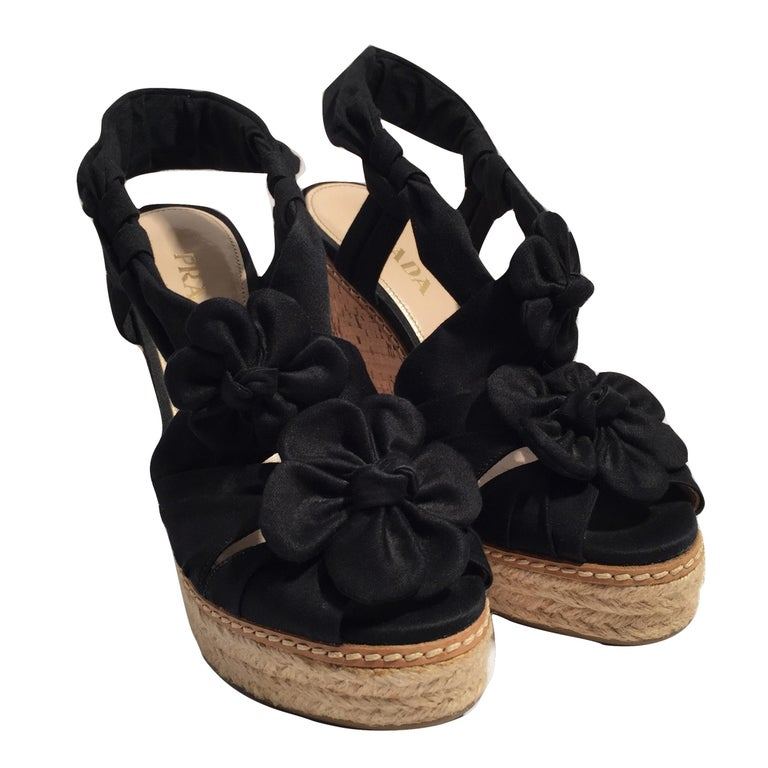 Prada Platform Wedge Espadrille Heels  In New Condition For Sale In Leesburg, VA