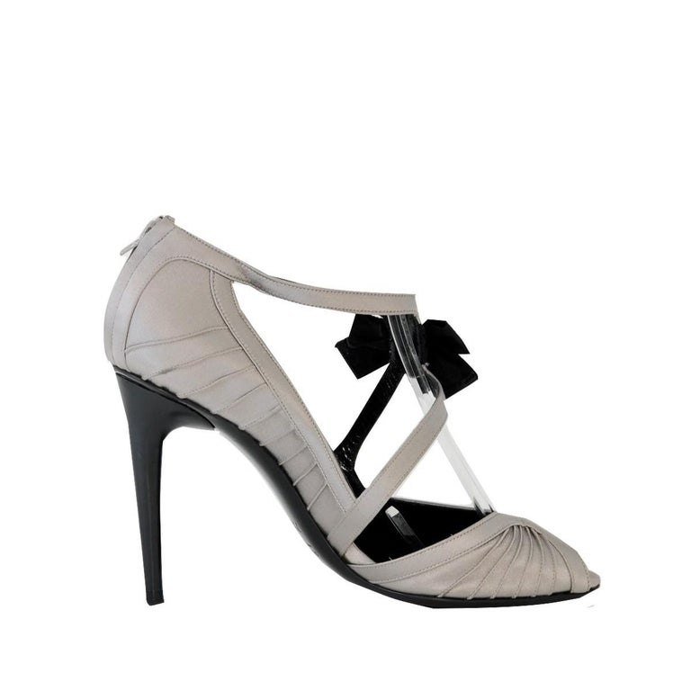 New Tom Ford for Gucci Satin Runway Sarah Jessica Parker Heels Pumps Sz 8.5 For Sale 6