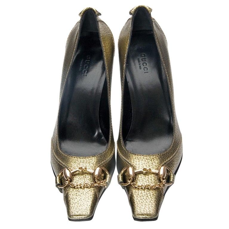 Black New Gucci Gold Horsebit Pumps Runway Heels Sz 37 For Sale