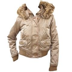 New Da-Nang Famous Convertible Backpack Jacket Size: XS