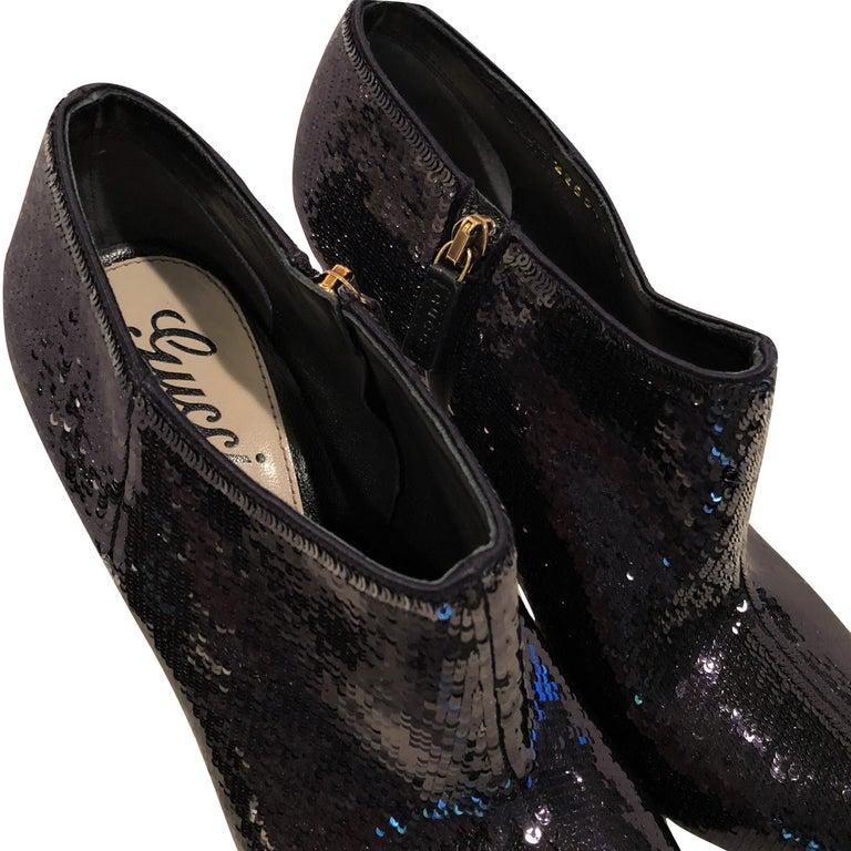 New Gucci Sequin Evening Boots Booties Heels Sz 38 In New Condition For Sale In Leesburg, VA