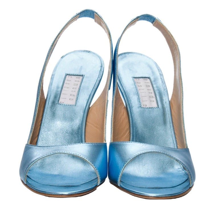 New Edmundo Castillo Blue Metallic Napa Leather Sling Heels Sz 9 In New Condition For Sale In Leesburg, VA