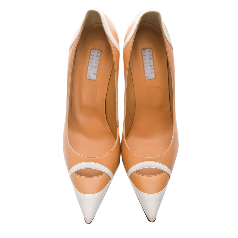 Women's New Edmundo Castillo Peach and White Leather Heels Pumps Sz 9 For Sale