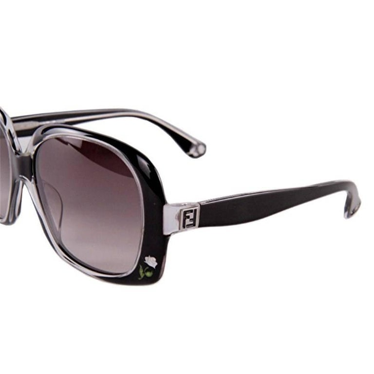 New Fendi Black with Rose Inlaid Sunglasses  For Sale 4