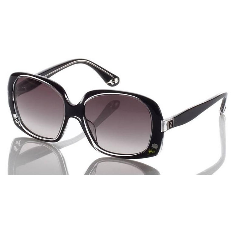 New Fendi Black with Rose Inlaid Sunglasses  For Sale 5
