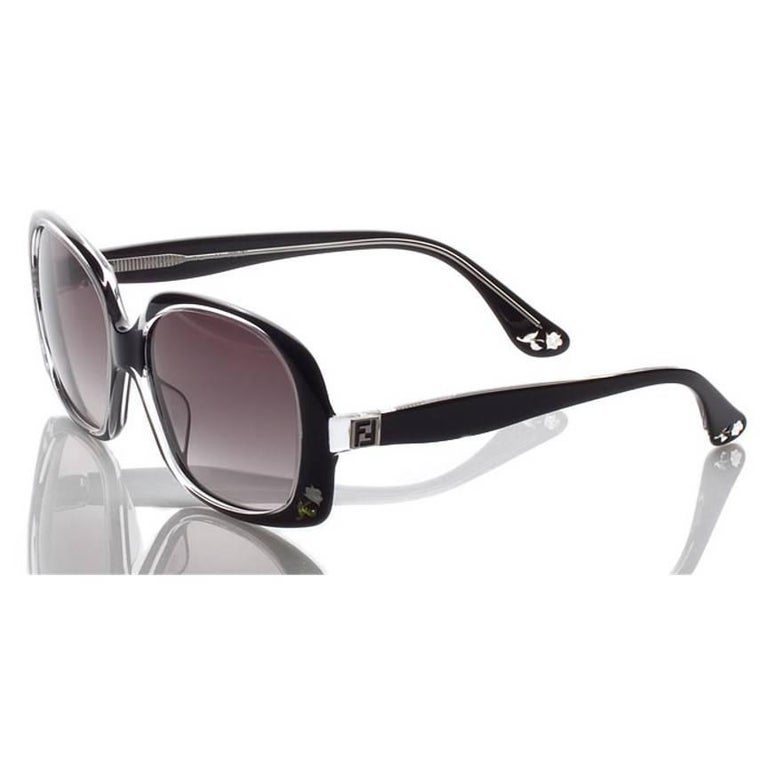 New Fendi Black with Rose Inlaid Sunglasses  For Sale 6