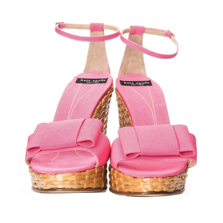 New Kate Spade Rare Collectible Spring 2005 Wicker Pink Wedge Heels Sz 10 In New Condition For Sale In Leesburg, VA