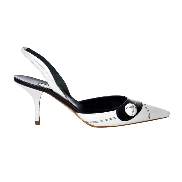 New Edmundo Castillo Black & White Leather Slingback Heels Sz 7.5 In New Condition For Sale In Leesburg, VA