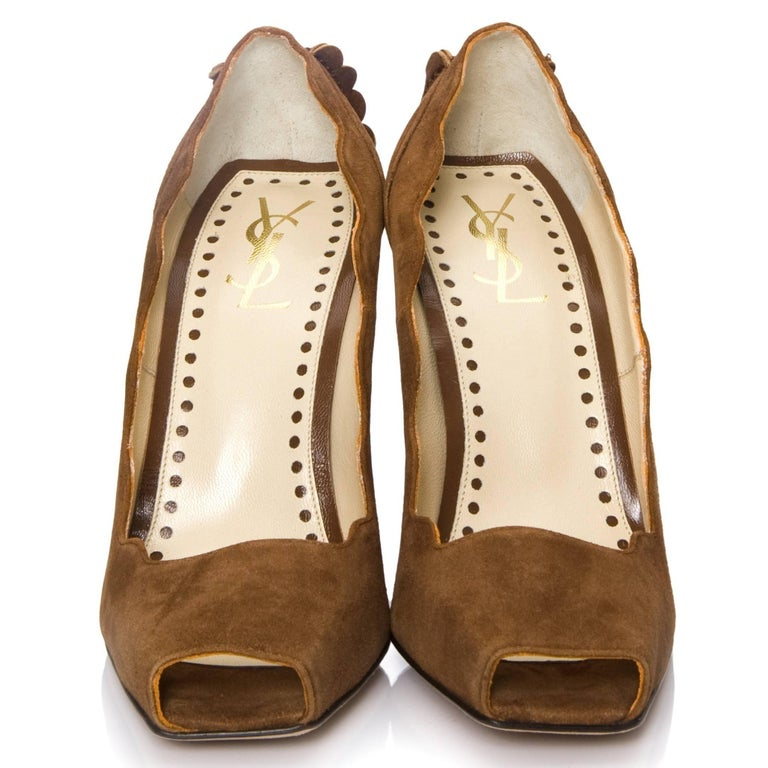 New Tom Ford for Yves Saint Laurent YSL Suede Heels Pumps Sz 38 In New Condition For Sale In Leesburg, VA