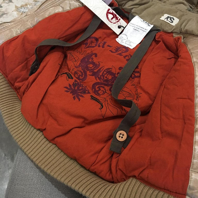 New Da-Nang Rare Celebrity Convertible Backpack Jacket For Sale 1