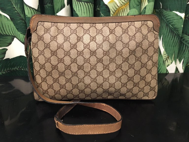 8fa005f2e Vintage 1980s Gucci Monogram Crossbody Handbag In Excellent Condition For  Sale In Jacksonville, FL
