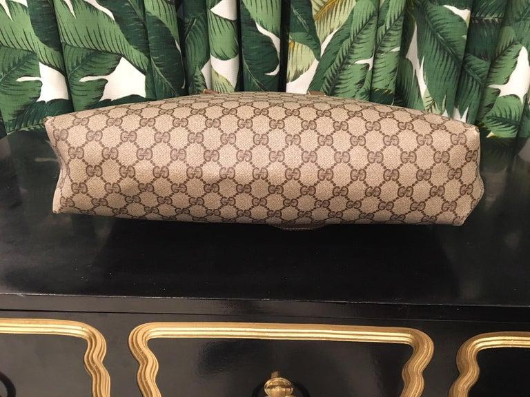 Large Gucci Classic Monogram