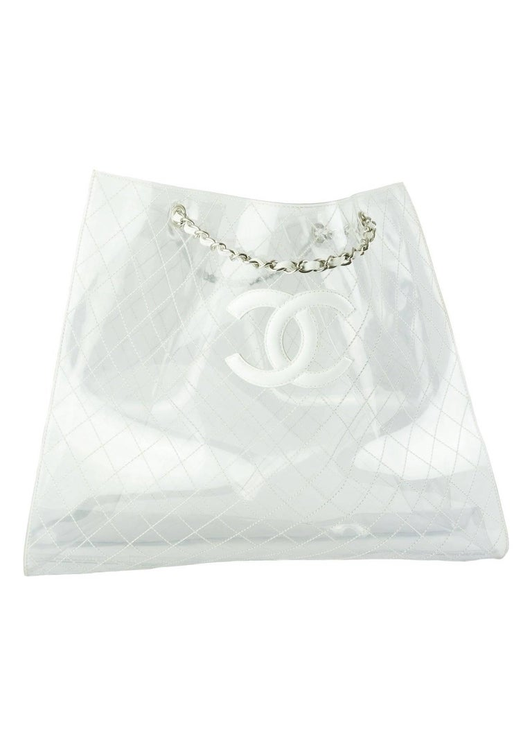 Chanel Transparent and Lambskin White Naked XXXL Extra Large Clear Tote In Good Condition For Sale In Miami, FL