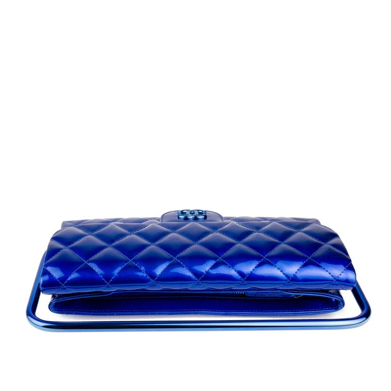 Chanel Electric Blue Patent Leather Quilted Runway Clutch For Sale 6