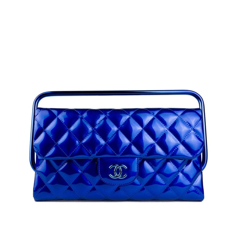 Chanel Electric Blue Patent Leather Quilted Runway Clutch For Sale 2