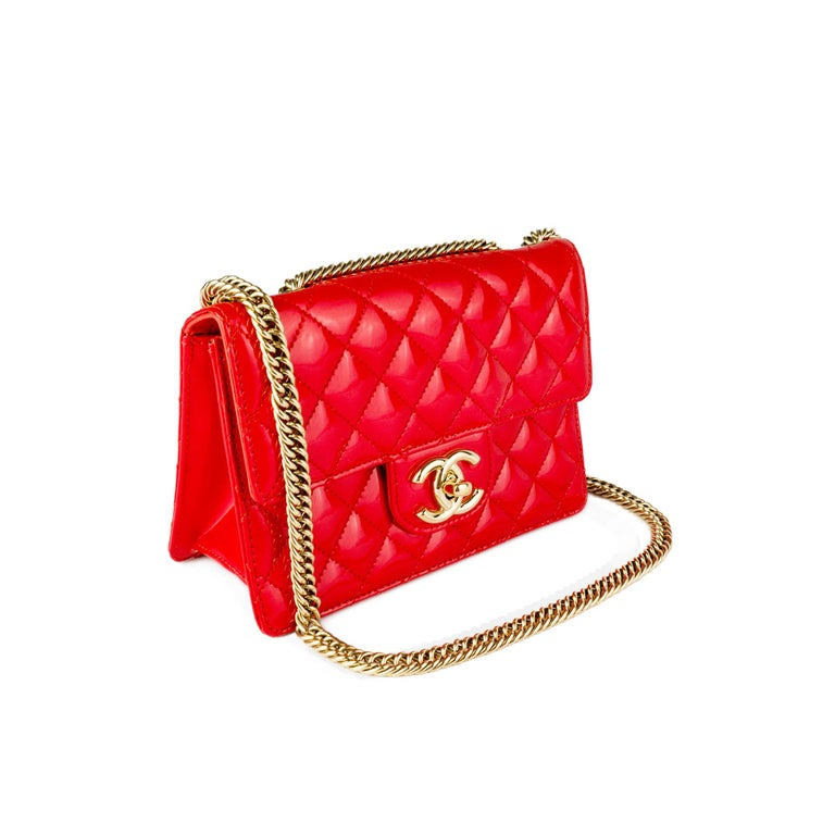 Chanel Red Sparkle Patent Leather Mini Classic Flap Bag For Sale 1