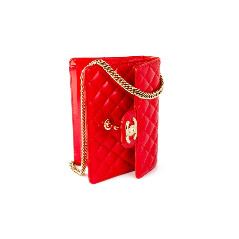 Chanel Red Sparkle Patent Leather Mini Classic Flap Bag In Good Condition For Sale In Miami, FL