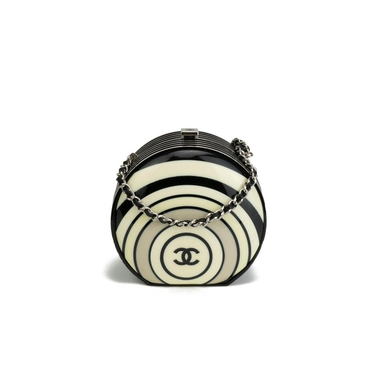 Chanel Resin Pillbox Minaudière Clutch, Spring 2006   In Good Condition For Sale In Miami, FL
