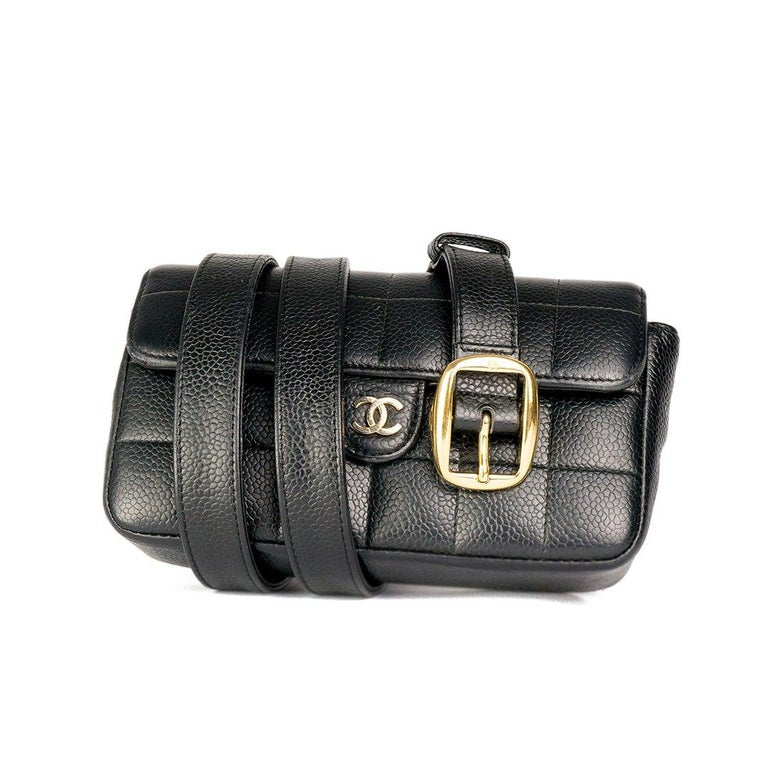 Chanel Vintage Caviar Mini Classic Flap Fanny Pack Waist Belt Bum Bag  In Excellent Condition For Sale In Miami, FL