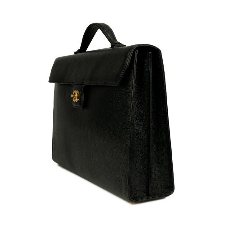 Chanel Rare Vintage Caviar CC Flap Executive Briefcase Portfolio Laptop Bag  In Good Condition For Sale In Miami, FL
