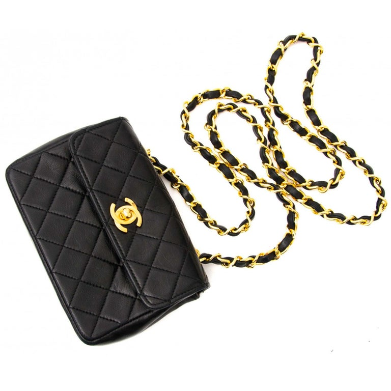 Chanel Mini Vintage Lambskin Crossbody Classic Flap Bag For Sale 1