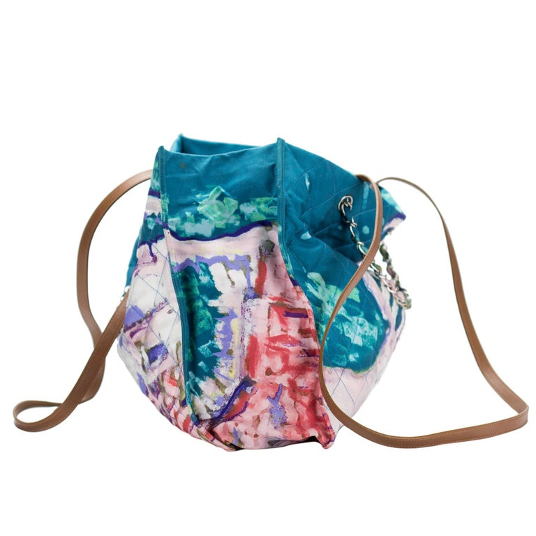 Women's Chanel Graffiti Watercolor Limited Edition Tote Turquoise Nylon Beach Bag For Sale