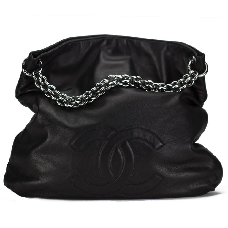 Chanel Modern Thick Chunky Chain Soft Lamb Hobo Slouchy Tote For Sale 4