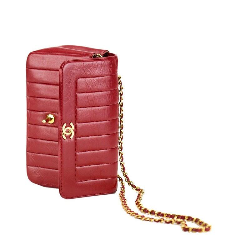 Women's or Men's Chanel Red Lambskin Stripe Diana Medium Vintage Classic Flap Bag  For Sale