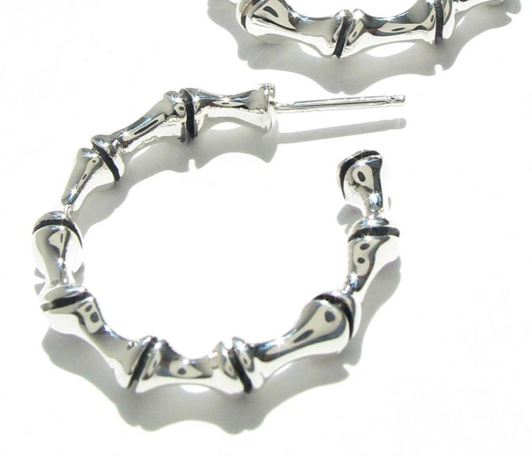 Sterling Silver Bamboo Hoop Earrings In New Condition For Sale In New York, NY