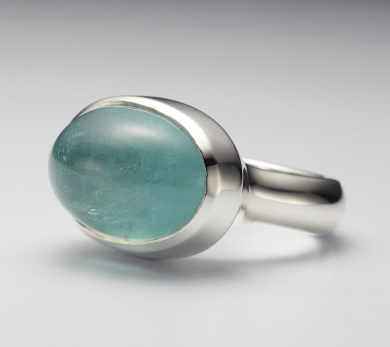 Contemporary Aquamarine Cabochon Sterling Silver Ring For Sale