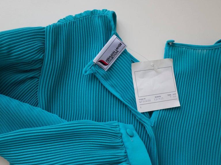 1980s Pleated Cocktail Dress Vibrant Blue Hue designed by Hermann Lange For Sale 2