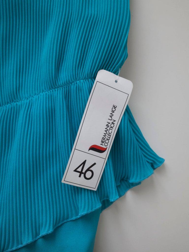 1980s Pleated Cocktail Dress Vibrant Blue Hue designed by Hermann Lange For Sale 3
