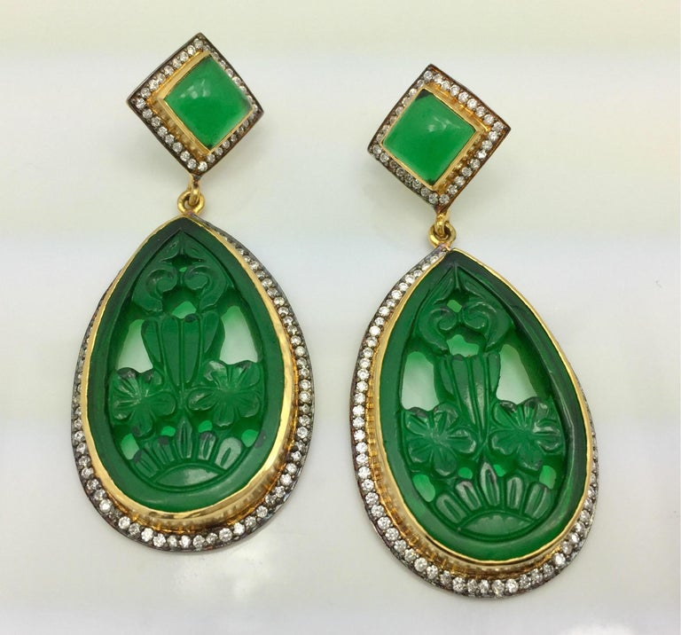 Make your own statement with these handmade faux emerald green carved earrings. Artfully crafted, these gorgeous carved earrings is destined to become your favorite!    FOLLOW  MEGHNA JEWELS storefront to view the latest collection & exclusive