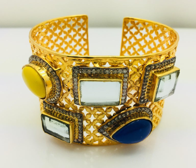 Artisan Meghna Jewels Lattice Handcrafted Polki & Resin Cuff For Sale